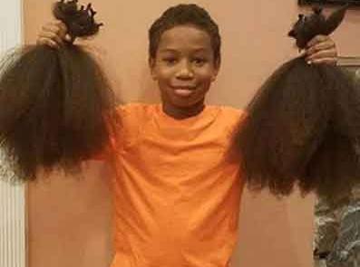 niño-se-deja-crecer-el-cabello-para-crear-pelucas-oncológicas